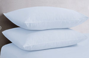 Bedding SHAWSDIRECT POLYCOTTON PILLOWCASES ICE BLUE