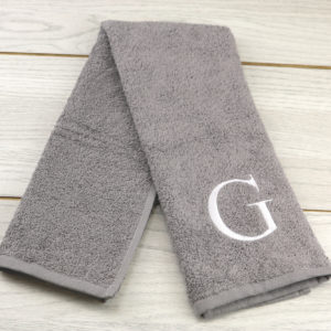 EMBROIDERED INITIAL HAND TOWEL GREY